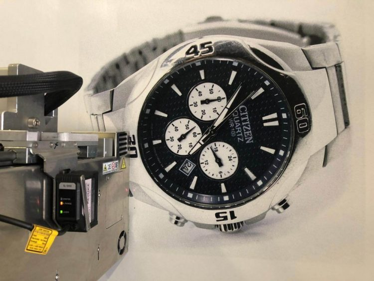 NuovaCorte Design prints, afbeelding horloge met hoge resolutie direct op de muur geprint